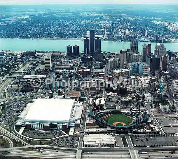 Detroit072803_2.jpg